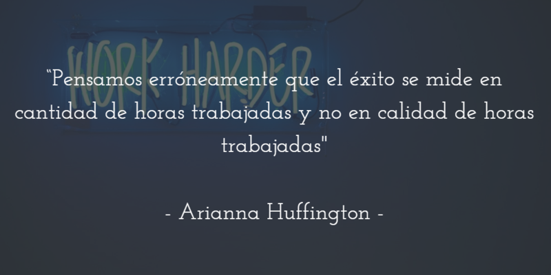 mujeres-liderar-equipos-hacia-éxito-arianna-huffington